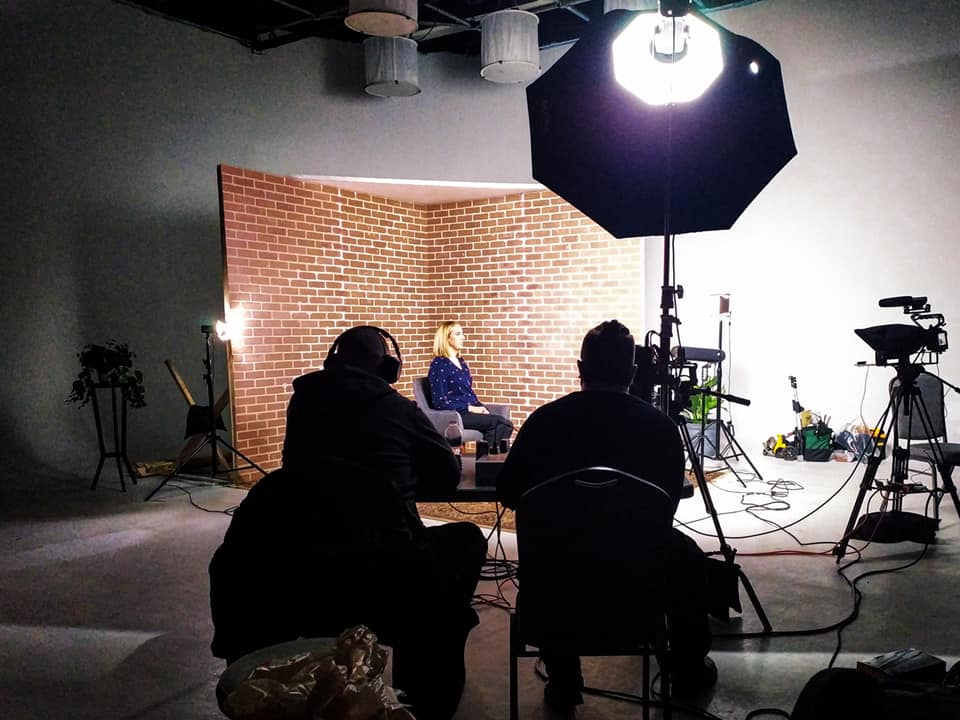mediator Sarah Turl on set with LifeSpeak